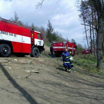 Požár lesa – Lavičky 14.4.2017