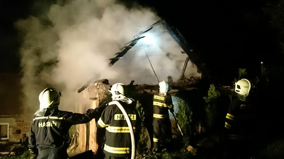 Požár budovy 1.5. 2016 - 1
